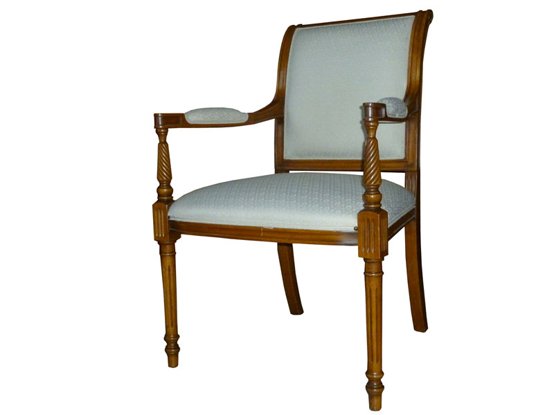 Produzione vendita sedie poltrone divani realizzazioni for Svendita sedie